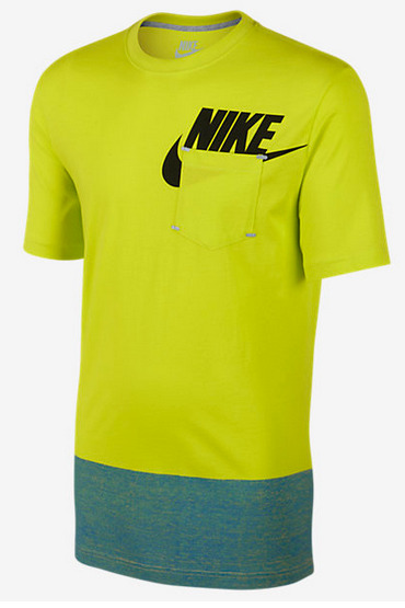 Nike Air Max Futura Tech Pack Graphic Swoosh Pocket Tee shirt basketball men