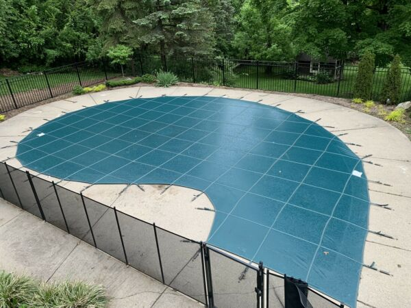 MEYCO LITE POOL SAFETY COVER GREEN 29' x 39'