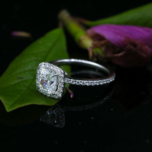 Charming 18k White Gold Engagement Ring featured with 2.13ct TCW Diamonds