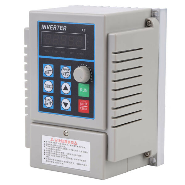 AC 220V 1HP 0.75KW Single Phase To 3Three Phase Output Frequency Converter VFD