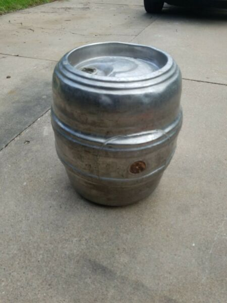 Carling Brewery Co. Belleville IL. Stainless Steel Beer Keg GAS TANK 7.75 Gallon