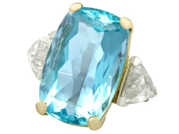 Vintage 1950s 25.32Ct Aquamarine and 3.40Ct Diamond Platinum Dress Ring