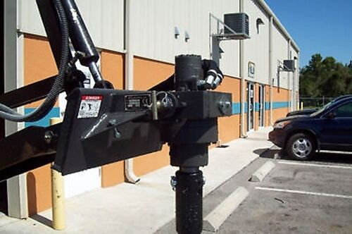 McMillen X900 Auger Drive Set Up For Avant LoadersRuns on 8-16 GPMPlanetary