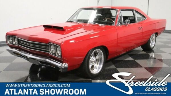 1969 Plymouth Road Runner 440 Six Pack classic vintage chrome mopar six pack 440 v8 4 speed manual red