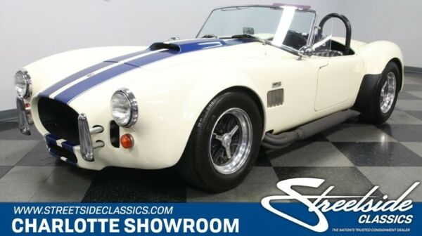 1967 Shelby Cobra Classic Roadster LTD. Classic vintage chrome sbf black vinyl interior white blue stripes Auto Meter