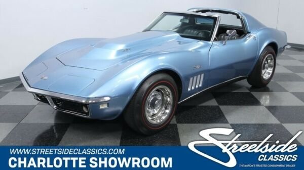 1968 Chevrolet Corvette 427 Tri-Power classic vintage chrome bbc blue black vinyl t top Chevy c3 Vette restored