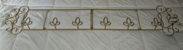 Iron Twisted Rope Wall Horizontal 3 Plate Display Hanging Holder 46quot; W. Gold $45.00