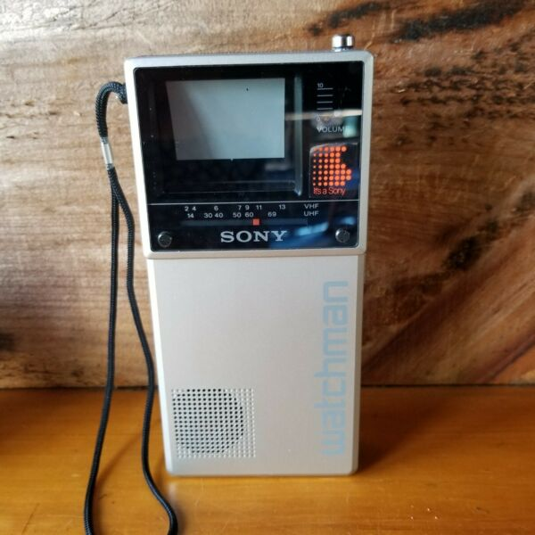 Sony Watchman FD-20A Portable Handheld VHFUHF TV wSony Case Tested WORKS 1985