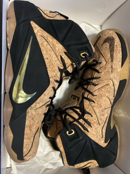 Nike LeBron 12 XII EXT Cork SIZE 11 Natural Black Gold DS NEW