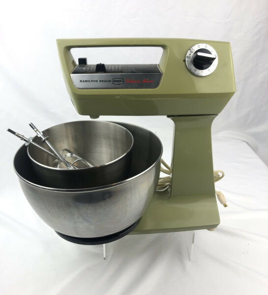 1970s VINTAGE Hamilton Beach Scovill Avocado Green Deluxe Mixer-Appliance WORKS