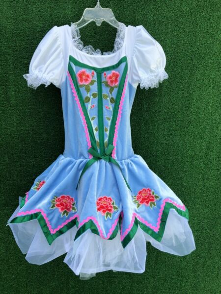 Revolution Dance Dress Child Costumes for Bavarian Nutcracker Sz Med $20.00