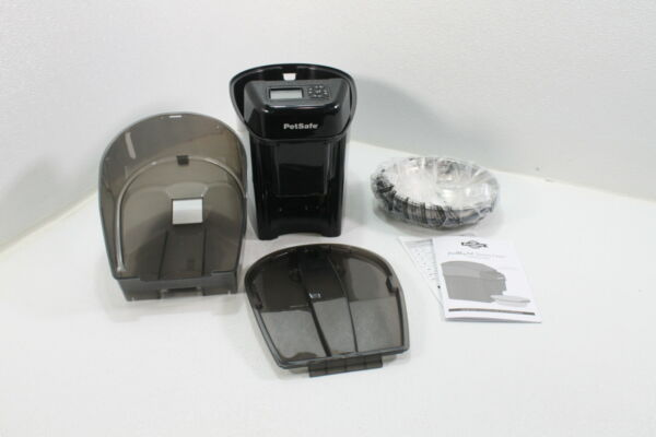 PetSafe Healthy Pet Simply Feed Automatic Dog and Cat Portion Control Black $53.81