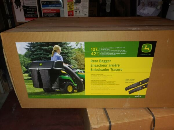 John Deere BG20776 42 in. Twin Bagger for 100 Series Tractors