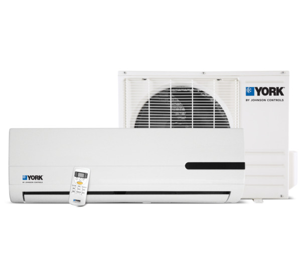 12000 BTU DUCTLESS AIR CONDITIONER HEAT PUMP MINI SPLIT 220V 1 TON WITH KIT $580.00