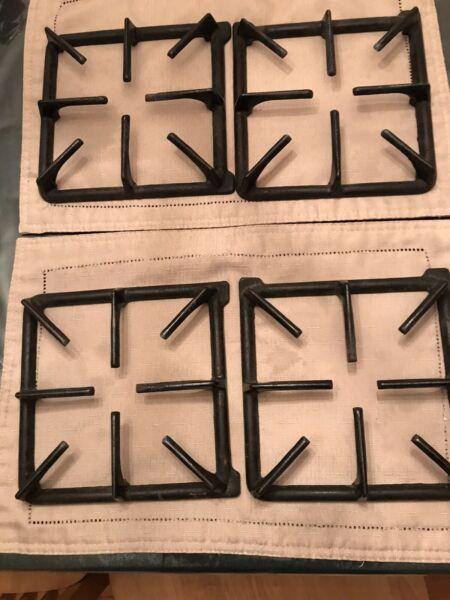 Original used Cooking Oven Stove grates set of four 4 Black Cast Iron 314647B