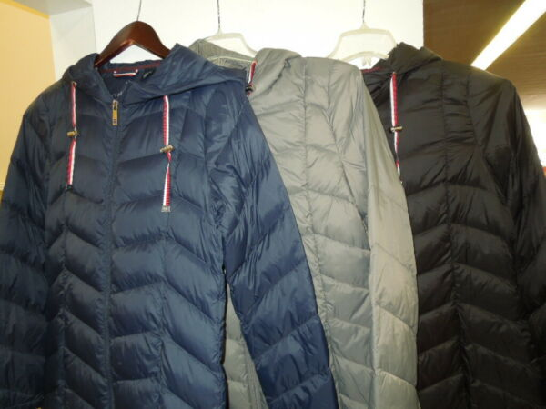 NEW SLIGHTLY DAMAGED WOMEN#x27;S TOMMY HILFIGER MID LENGTH PACKABLE JACKET $69.95 $34.97