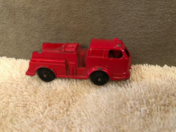 Vintage Tootsie Toy Die Cast Fire Engine Red Pumper