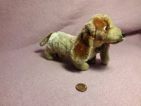 9quot; vintage MOHAIR DACHSHUND DOG GRAY BROWN plush stuffed w bell glass eyes $24.95