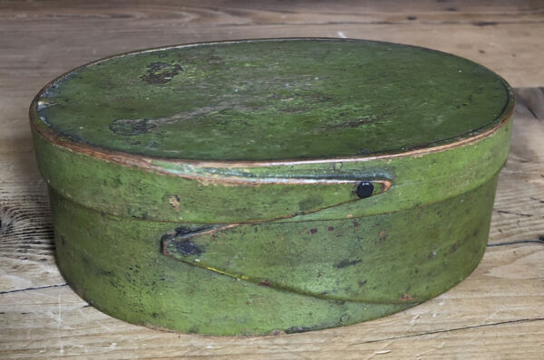 "Antique 6"" Oval Green Pantry Box Original Paint Harvard style"
