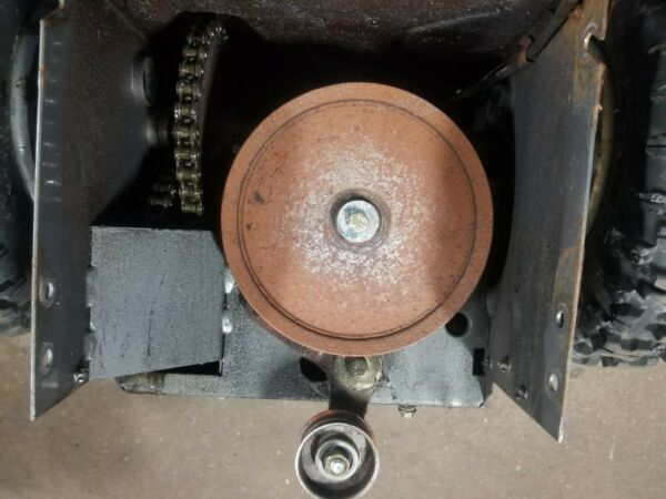 5 22 Craftsman snow blower Model 143.985003 Gear box Craftsman Gear box amp;wheels