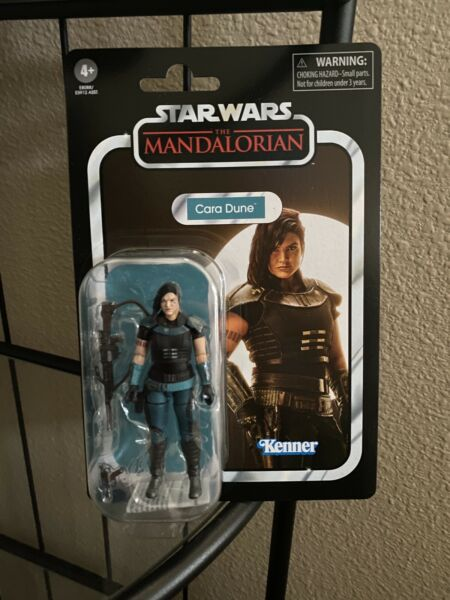 IN HAND Star Wars The Mandalorian Cara Dune The Vintage Collection Action Figure