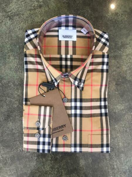 Burberry London Men#x27;s Camel Plaid Casual Button Down Shirt $139.00