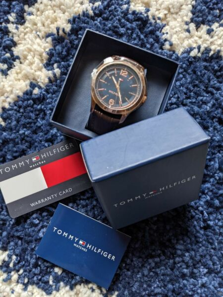 Tommy Hilfiger watch men Blue Dial brown leather strap Brand New $75.00