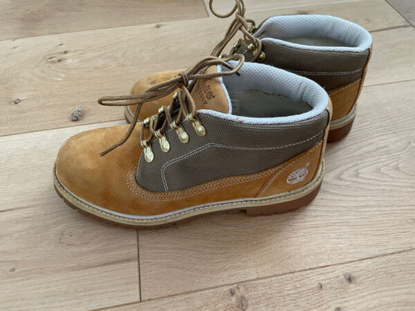 TIMBERLAND WOMENS BOOTS SIZE 6 LEATHER $25.00