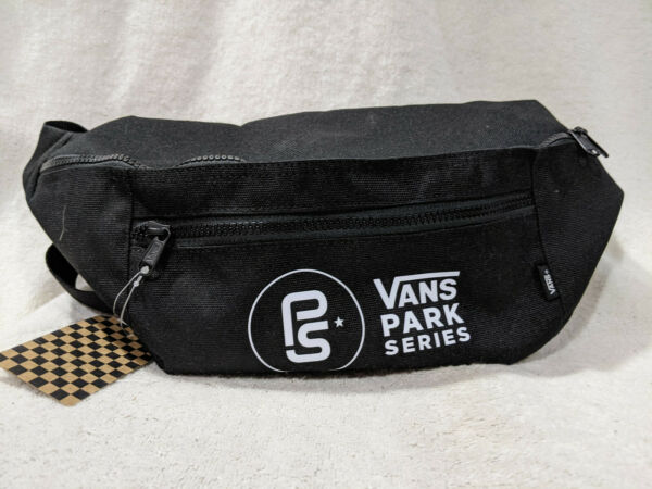Vans Unisex Ward Cross Body Black White Waist Pack VN0A2ZXXZWY NWT