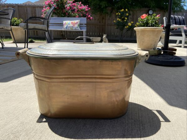 Large Copper Planter Wash Tub Boiler Pot With Lid and Wooden Handles $89.99