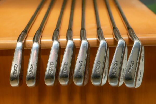 Mizuno MP 9 Iron Set 3 PW Right Handed Dynamic Gold S300 Shafts