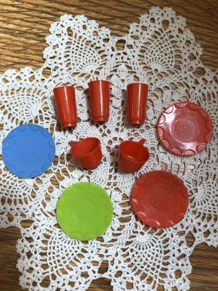 Deluxe Reading Barbie Dream Kitchen RED Dishes of Glasses Cups amp; Plates Lot $16.00