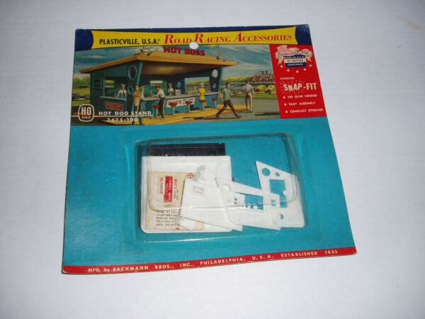 Bachmann Plasticville HO Hot Dog Stand 3675 100 new on card $25.00