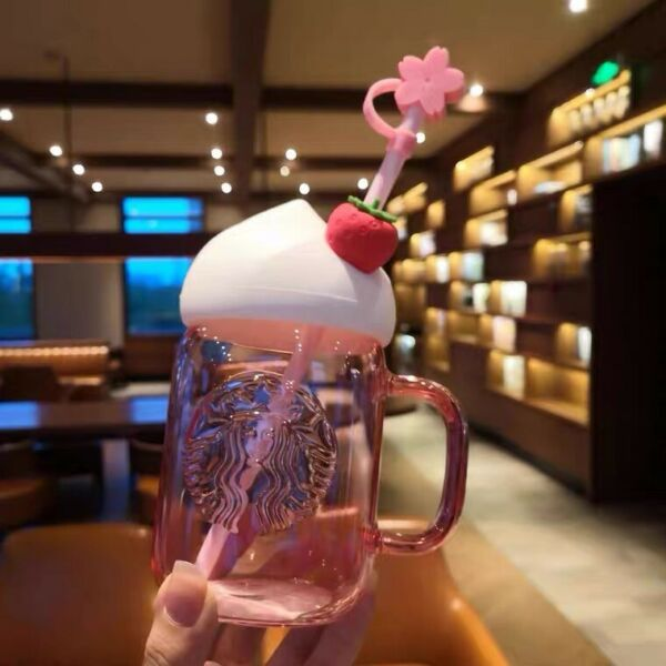 HOT Starbucks Strawberry Straw Cup w Sakura Topper Water Bottle Limited Edition