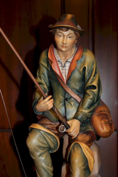 12quot; GERMAN WOOD HAND CARVED BLACK FOREST FISHERMAN ANGLER FISHER FIGURINE STATUE
