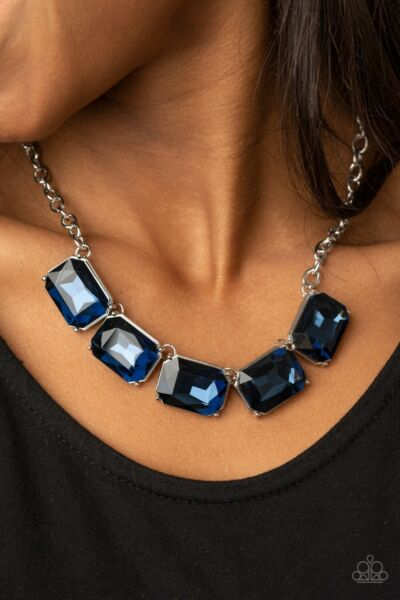 Deep Freeze Diva Blue Necklace And Earring Set Paparazzi New With Tags