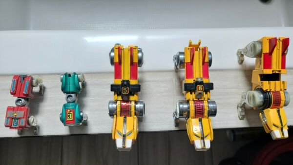 Voltron RedGreen amp; Yellow Lions LOT of 5 For Parts Repair $15.00