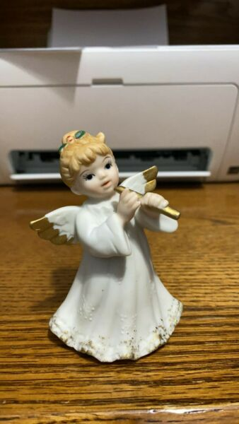 Lefton 1987 06328 Angel with Flute Figurine 3 1 2quot;