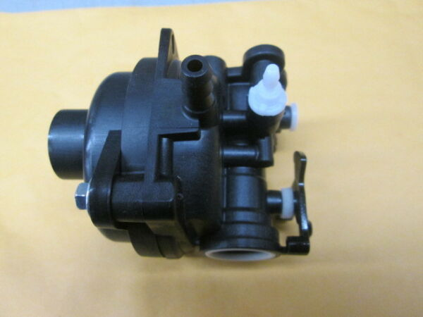 OEM BRIGGS CARBURETOR PART# 593261 $46.19