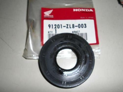 NOS Honda HS520 A AS Snow Blower Cylinder Oil Seal