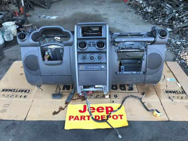 2007 JEEP WRANGLER JK 2 DOOR AUTOMATIC COMPLETE DASH CHARCOAL GREY OEM
