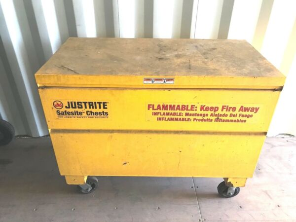 Justrite 16032Y Safesite Safety Chest 15 Gal Capacity 48