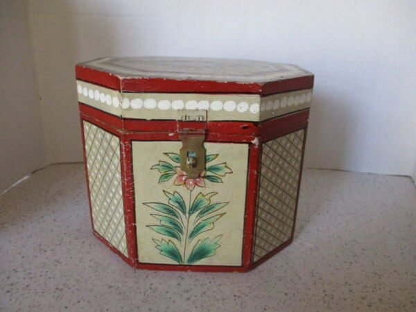 VINTAGE OCTAGON WOOD BOX HINGED LID BRASS LOCK HASP HAND-PAINTED 6 X 7 X 6