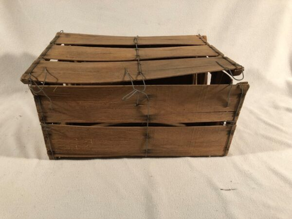 Produce Crate Shaved Wood Bale Wire Bushel Shipping Box Fruit Vegetable Unmarked