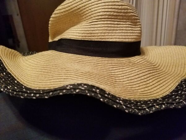 D&Y Adjustable (bendy) Sun Hat with sparkle beaded in brim   Sassy Beachy