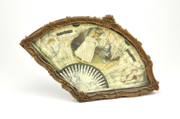 19th century Antique Ladies Fan handpainted wood carved box