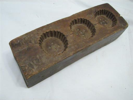 Early Primitive Hand Carved Wooden Maple Sugar Candy Mold Antique Kitchen Tool