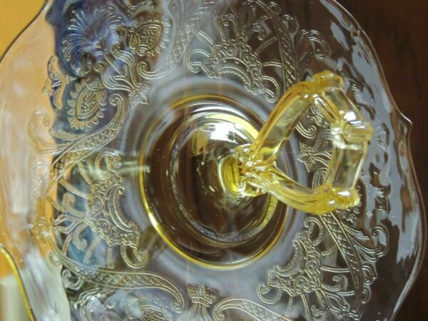Yellow Madrid Depression Glass Serving Plate 11quot; Center Handle Federal Amber