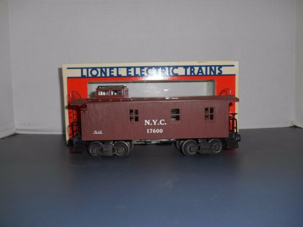 Lionel #17600 New York Central Wood Sided Caboose NEW $24.95