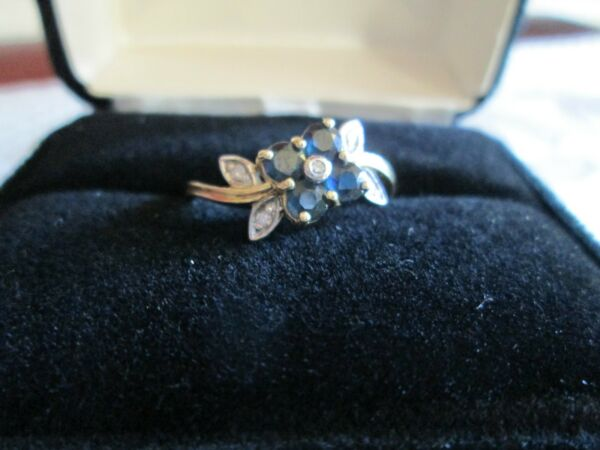 **DAZZLING PETALS 14 K GOLD SAPPHIREDIAMOND RING**SIZE 9 *NEW IN BOX* VERY RARE